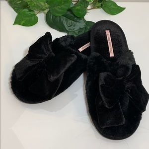 Victoria Secret's Black Slippers